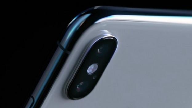 iPhone X ispira (fortemente) il nuovo Oppo R13