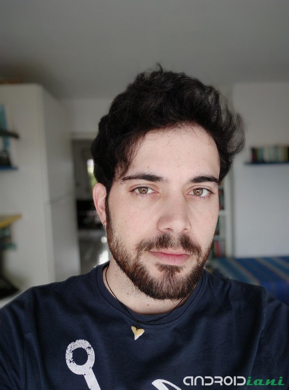 MiCam Ritratto