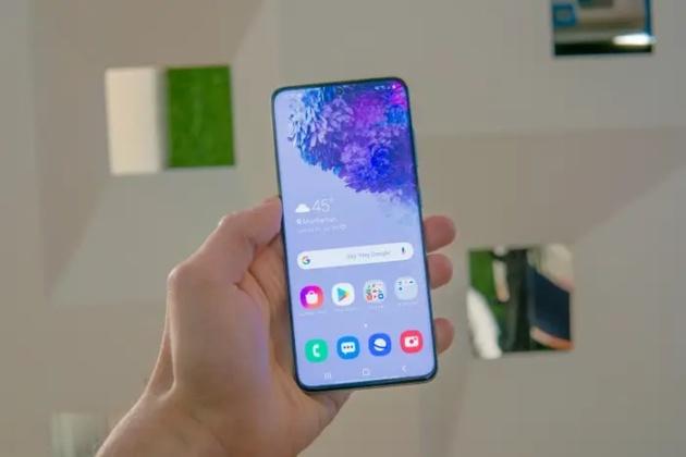 Samsung Galaxy S20 riceve un aggiornamento con diverse migliorie