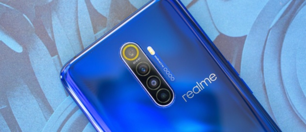 Realme X3 SuperZoom ufficiale con Snapdragon 865