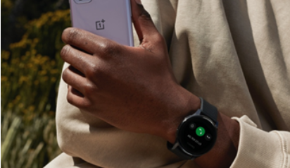 OnePlus Watch è arrivato: design raffinato e tantissime funzioni a 159€